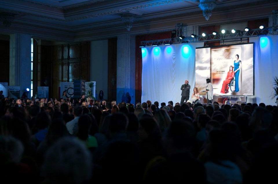 """O nouă colecţie """"Andreea Marin"""" cu fotografii de Cristina Nichituş Roncea şi cum a fost la Gala Atipic Beauty 2016"""