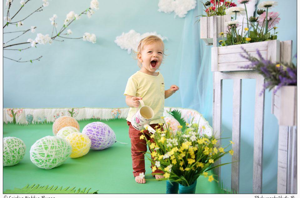 Primăvara a venit! Photography Studio vă aşteaptă pentru sesiuni de Paşti şi Primăvară!