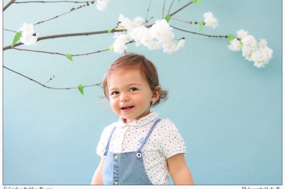 Zâmbărici – micuţa Natalia a tinerilor Alecsandra şi Bogdan Ciudoiu