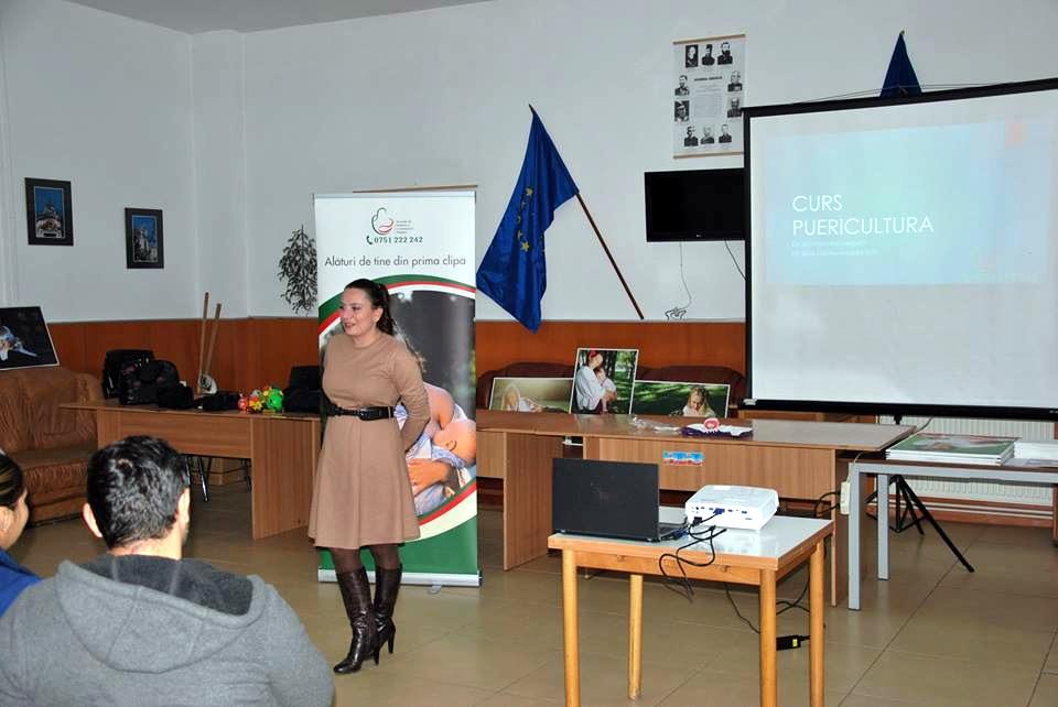 Conferinta Alaptarea e Iubire la Targu Jiu - cu Dr Roxana Hristianovici