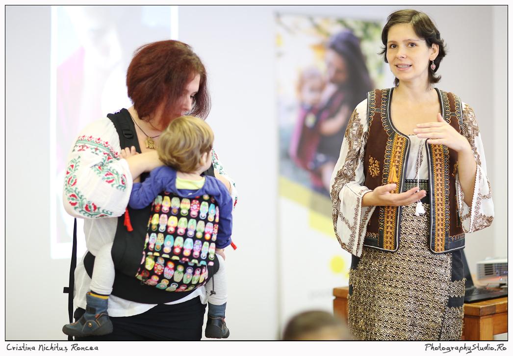 Conferinta Babywearing - foto Cristina Nichitus Roncea