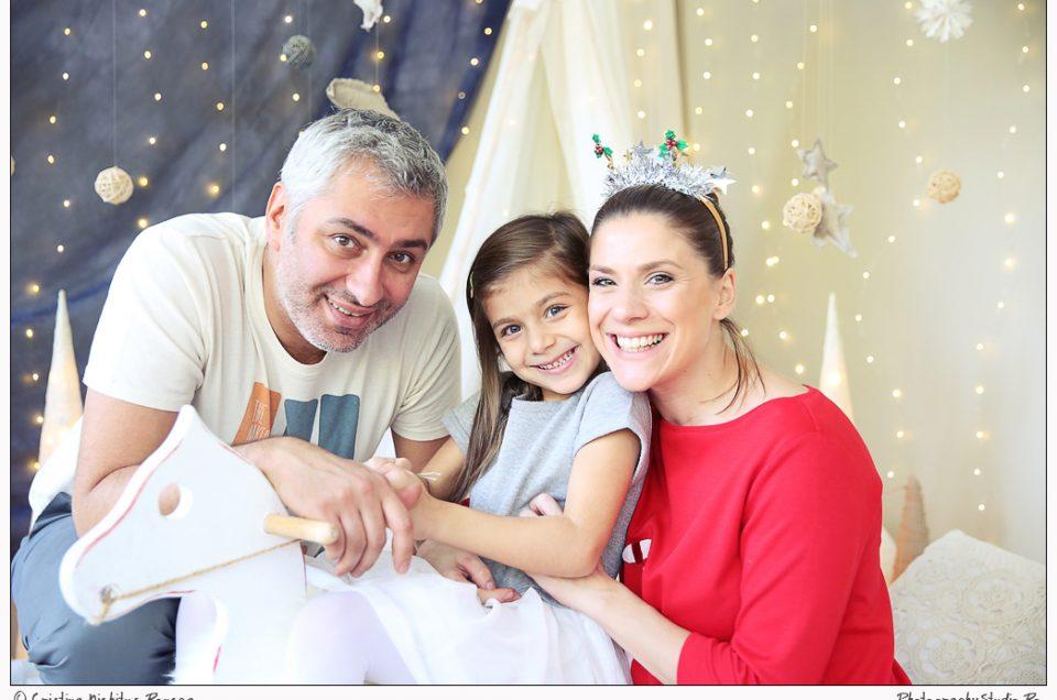Tily Niculae i-a scris lui Moş Crăciun de la noi din Studio. VIDEO şi FOTO cu familia Sofiei, micuţa sofisticată
