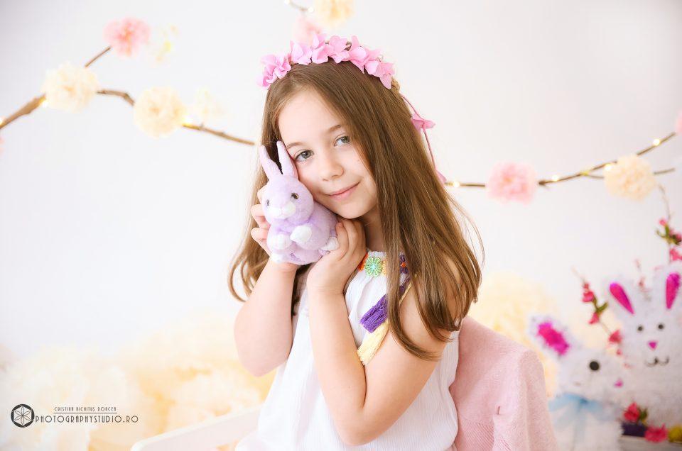 Sesiunile foto de Primăvară și de Paști, o bucurie pentru toți copiii