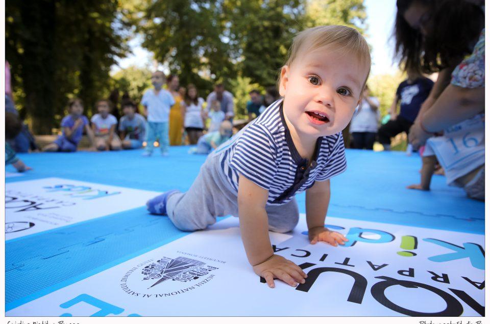 Bebelușii au prins din nou viteză la De-a Bușilea prin Muzeul Satului, Concursul cu premii organizat de Photography Studio