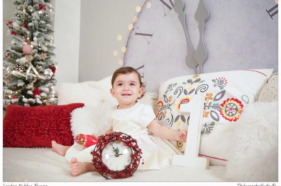 Elena şi prima ei şedinţă foto de Crăciun